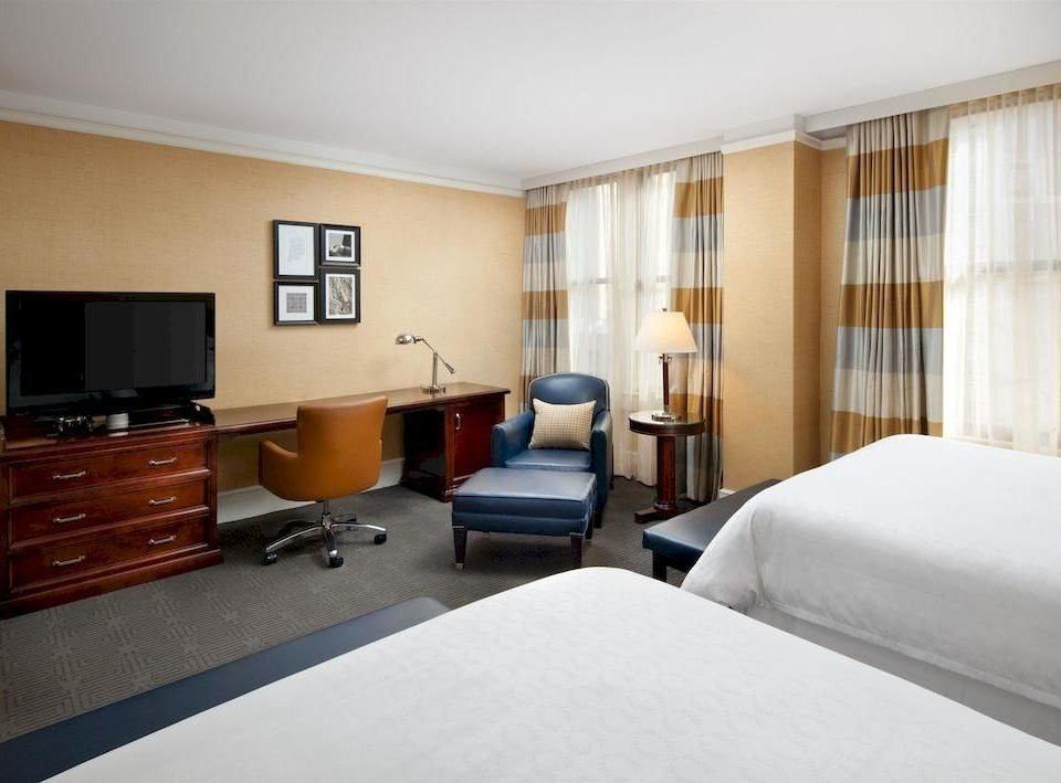 Bedroom Classic Family sofa property Suite condominium cottage flat