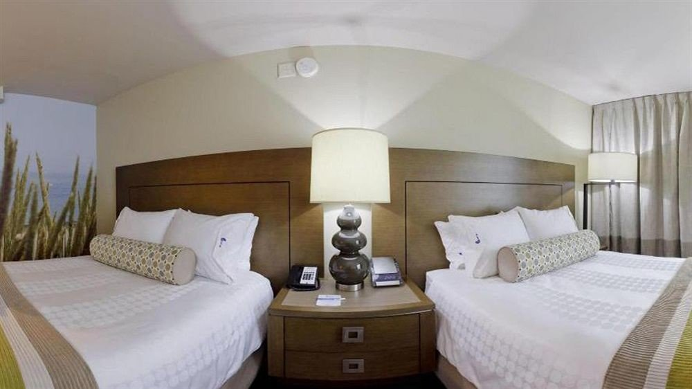 Bedroom Classic Family property Suite cottage yacht passenger ship