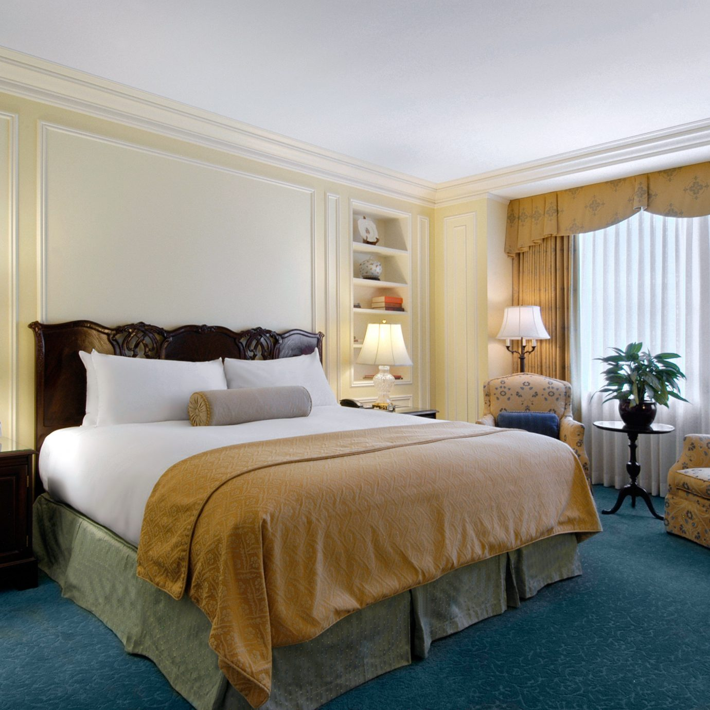Bedroom Classic Historic Hotels Suite property home living room cottage containing