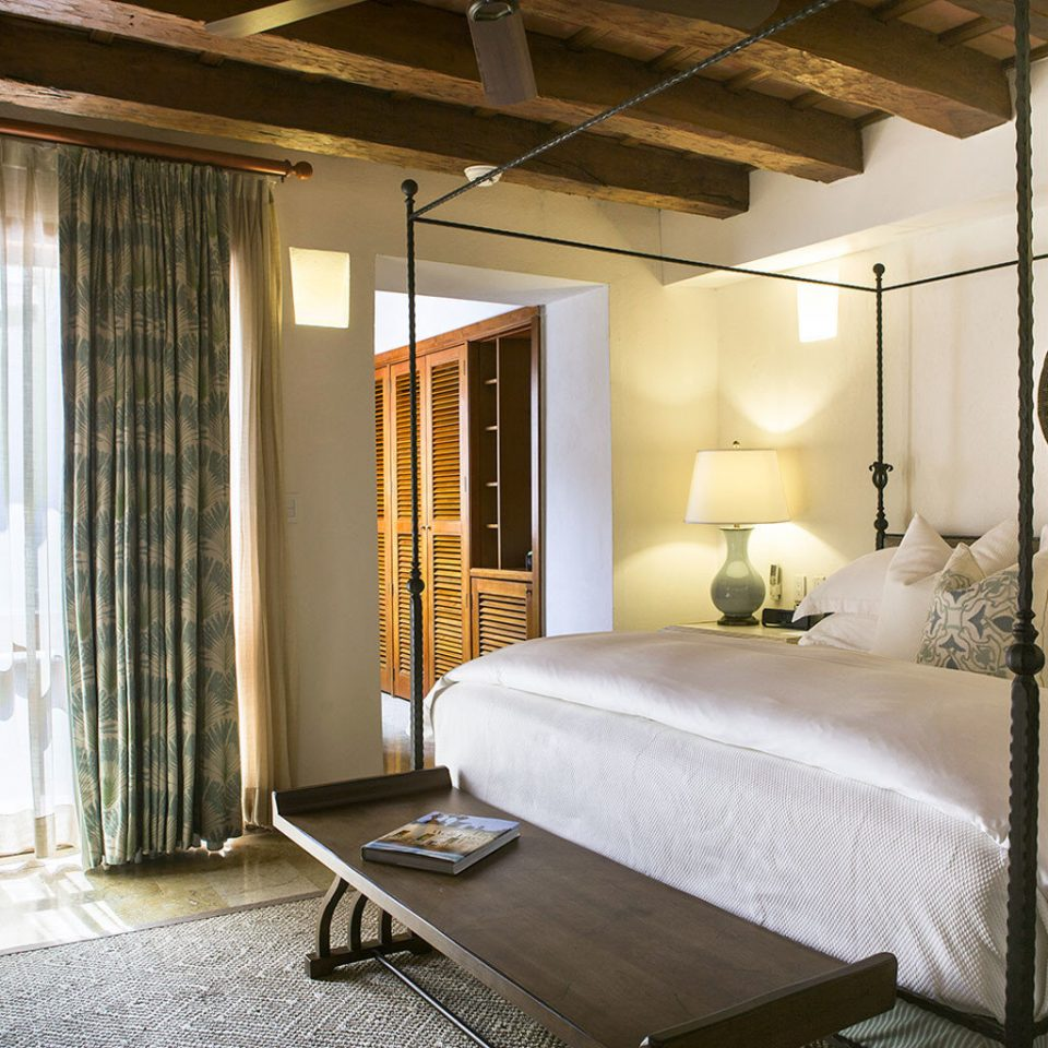 Bedroom Classic Hotels Luxury Resort Romance property Suite home living room cottage Villa