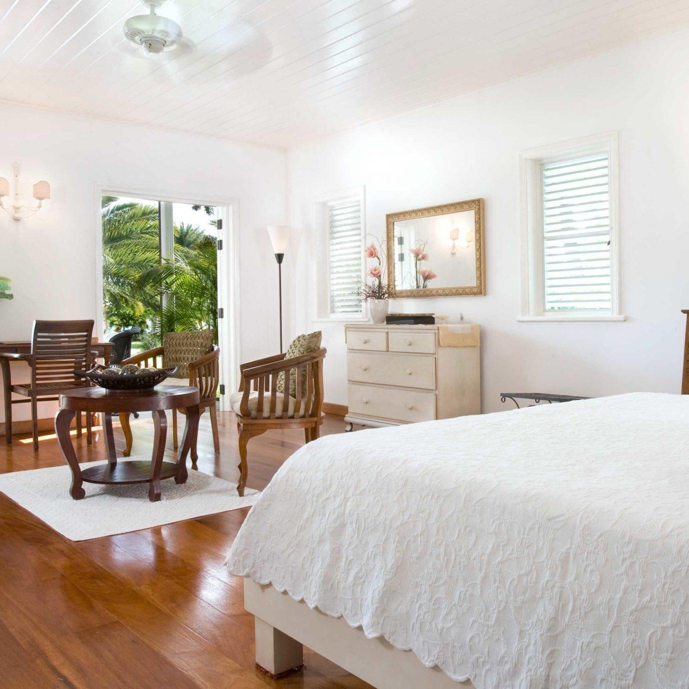 Bedroom Classic Inn property home hardwood Villa cottage Resort living room wood flooring farmhouse mansion Suite nice