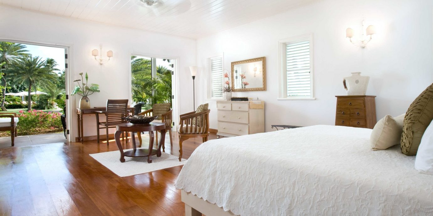 Bedroom Classic Inn property home hardwood Villa cottage Resort living room wood flooring farmhouse mansion Suite nice