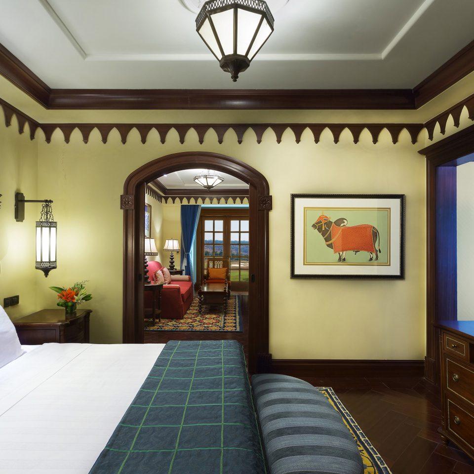 Bedroom Classic property home Lobby living room Suite Resort recreation room mansion condominium