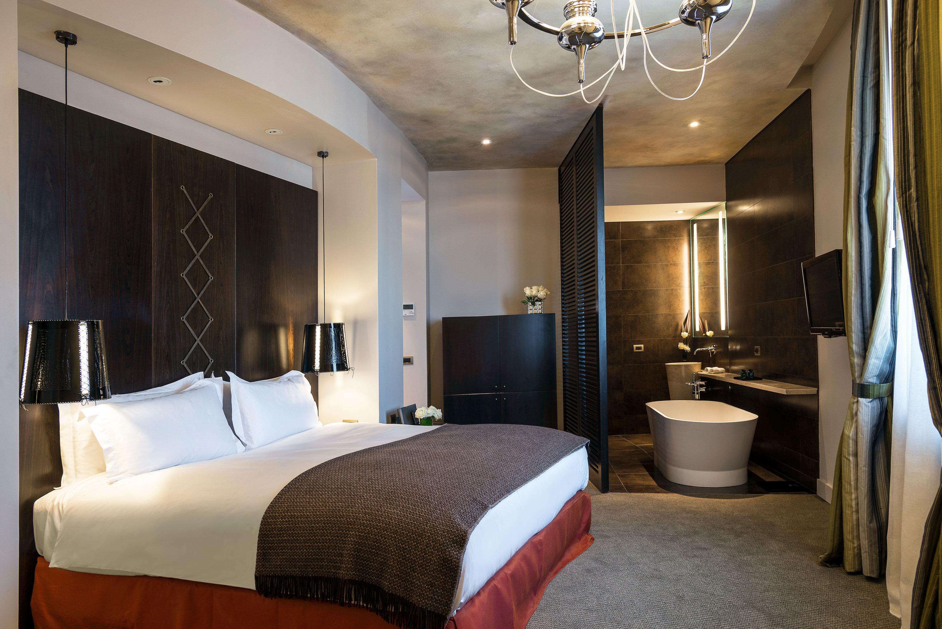 Bedroom Classic Luxury Resort sofa property Suite cottage Modern