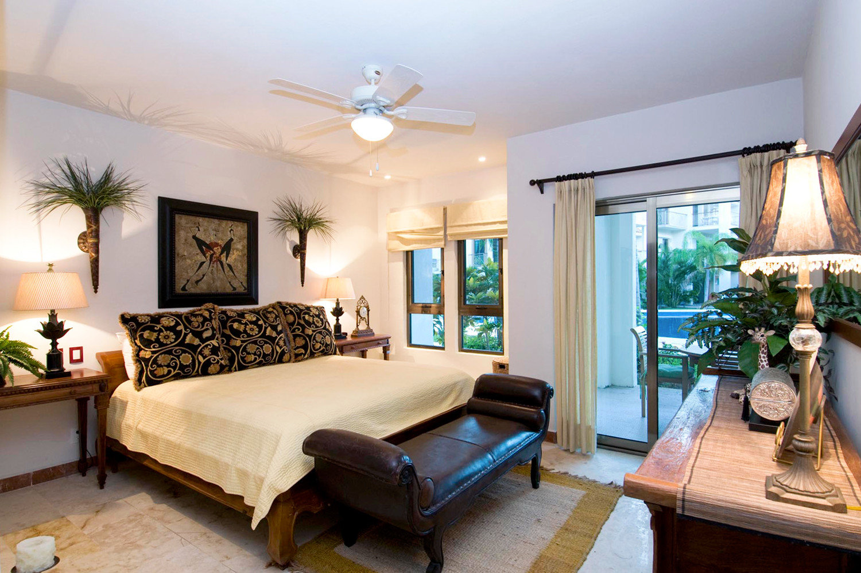 Bedroom Classic Luxury Patio Rustic Scenic views Suite property living room home Villa hardwood cottage mansion Resort condominium