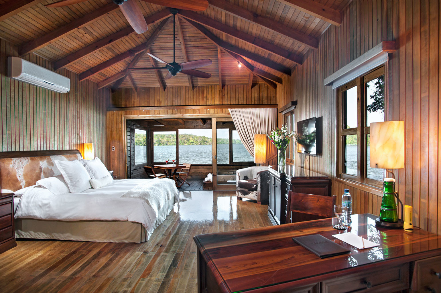Bedroom Classic Luxury Patio Romantic Suite Waterfront property wooden home house log cabin living room cottage hardwood farmhouse Villa Resort mansion