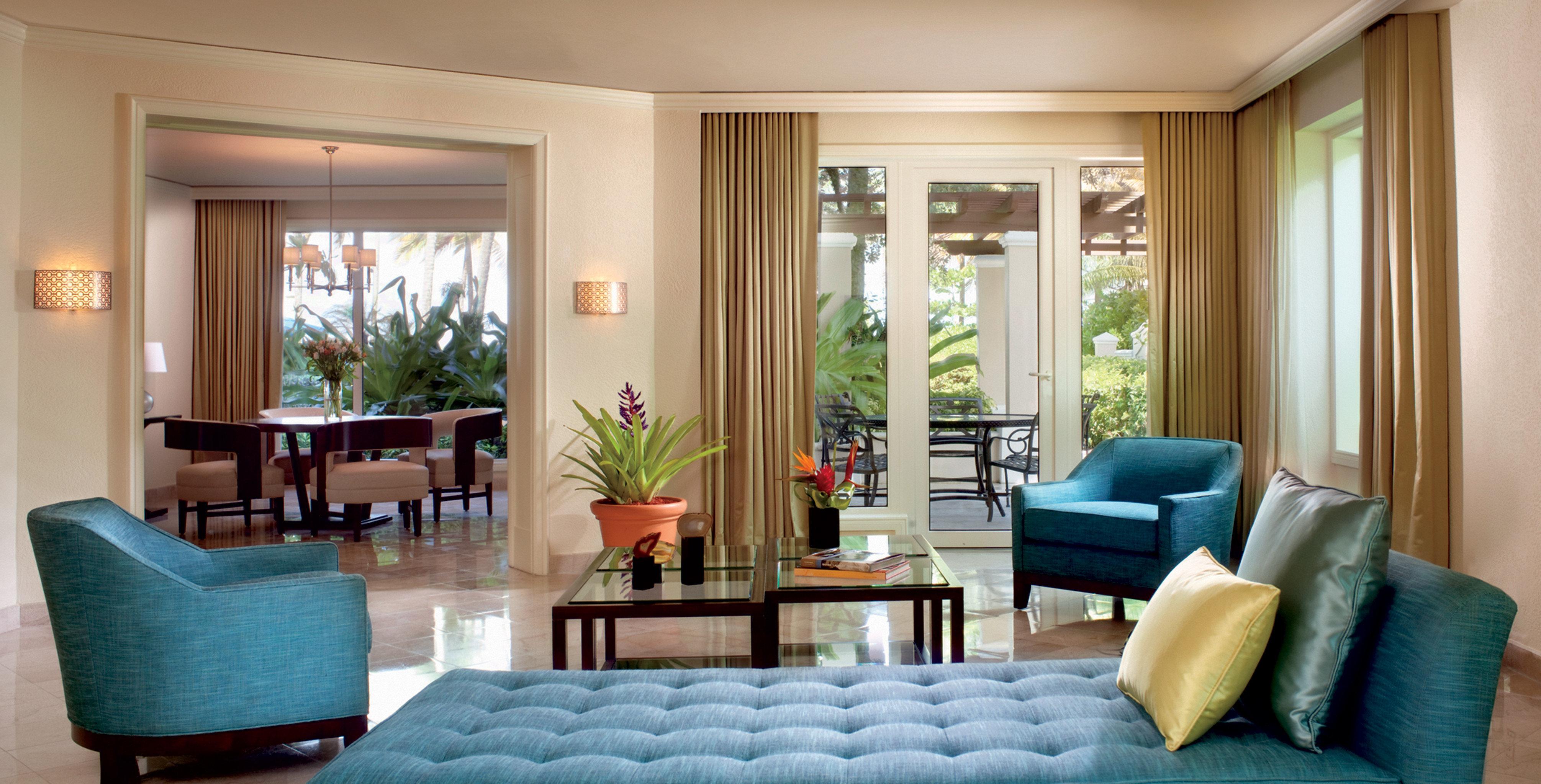 Classic Luxury Patio Resort Scenic views living room property chair condominium home Suite green Bedroom leather