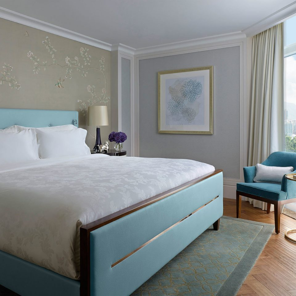 Bedroom Classic Luxury Resort Scenic views property Suite bed frame