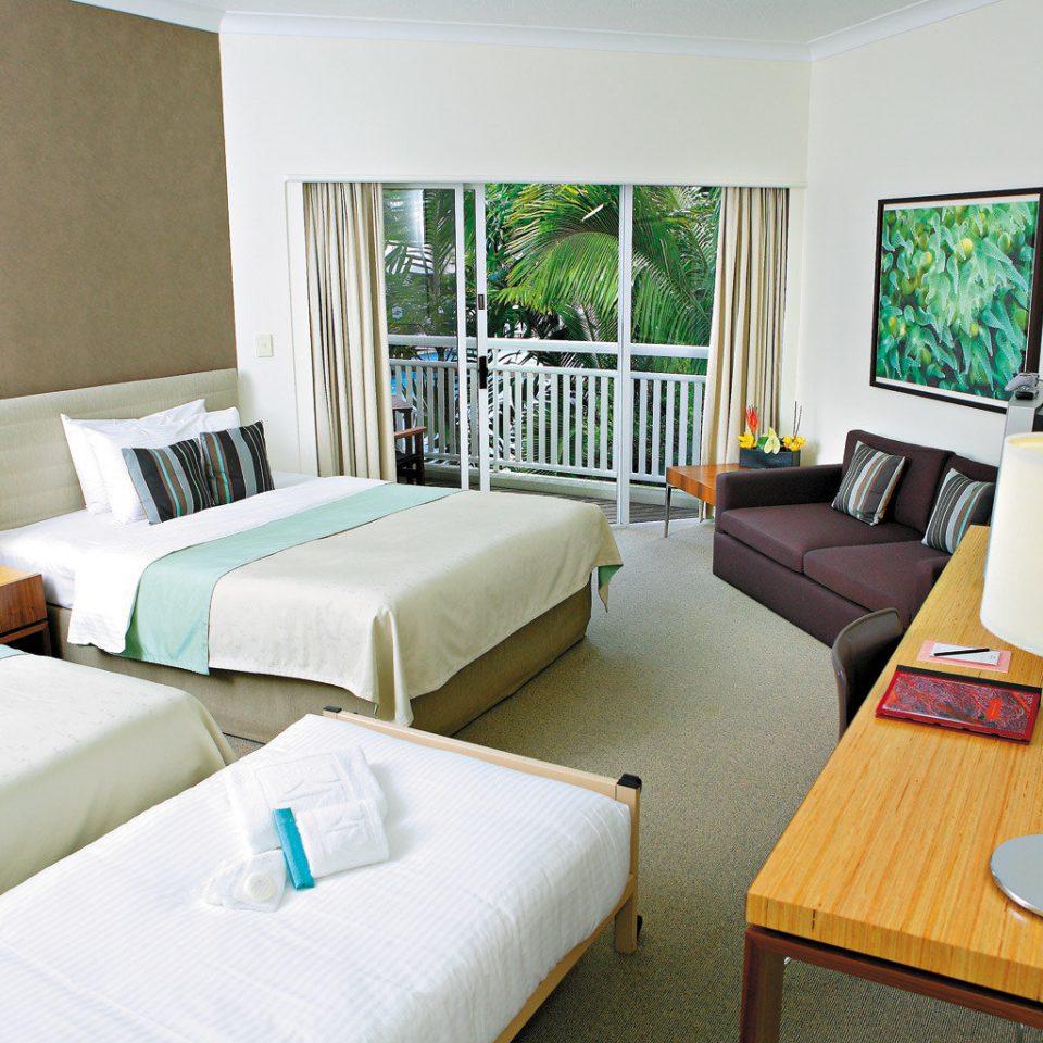 Bedroom Classic Luxury Waterfront property Suite cottage living room Villa condominium