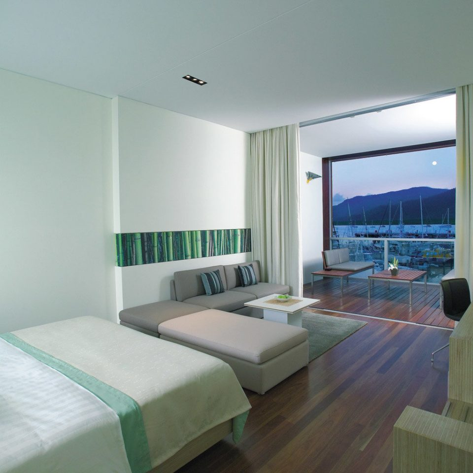 Bedroom Classic Luxury Waterfront green property condominium Suite living room Villa