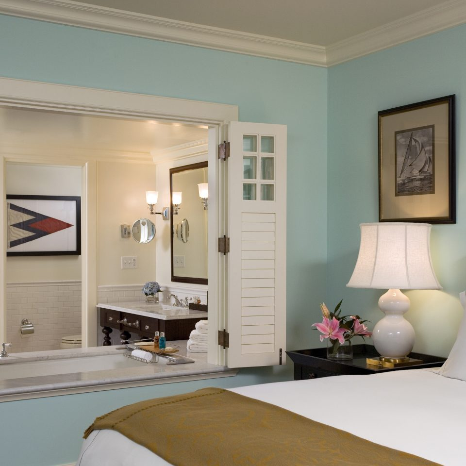 Bedroom Classic Luxury Waterfront property living room home Suite white cottage
