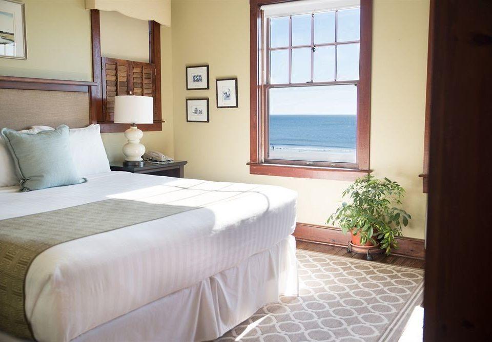 Bedroom Classic Luxury Suite property cottage Villa condominium