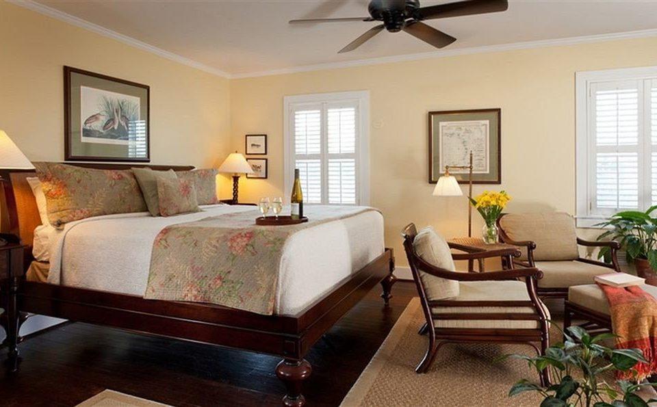 Bedroom Classic Luxury Suite sofa property living room home hardwood cottage