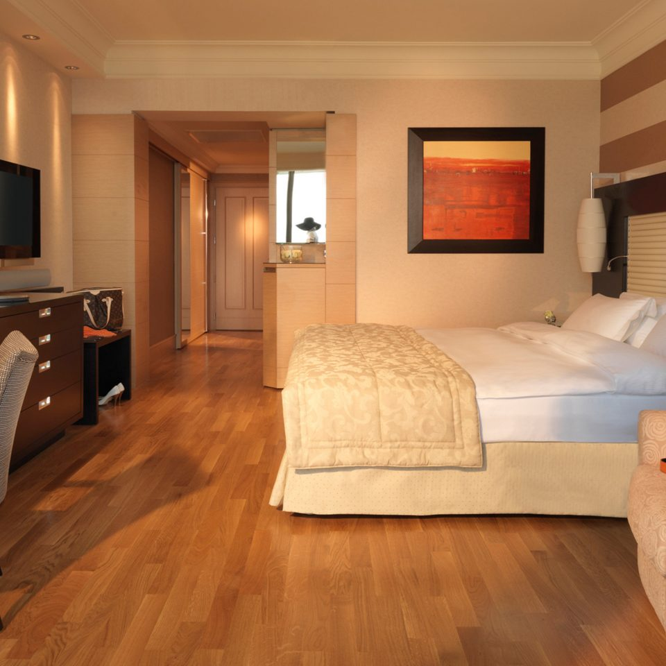 Bedroom Classic property Suite home hardwood cottage living room wood flooring Modern flat