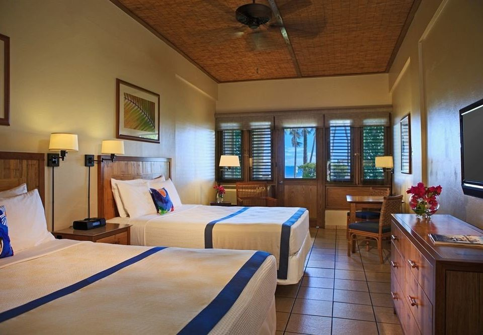 Bedroom Classic Patio Resort property cottage home Suite Villa living room