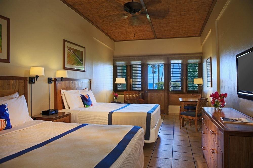 Bedroom Classic Patio Resort property cottage home Suite Villa living room