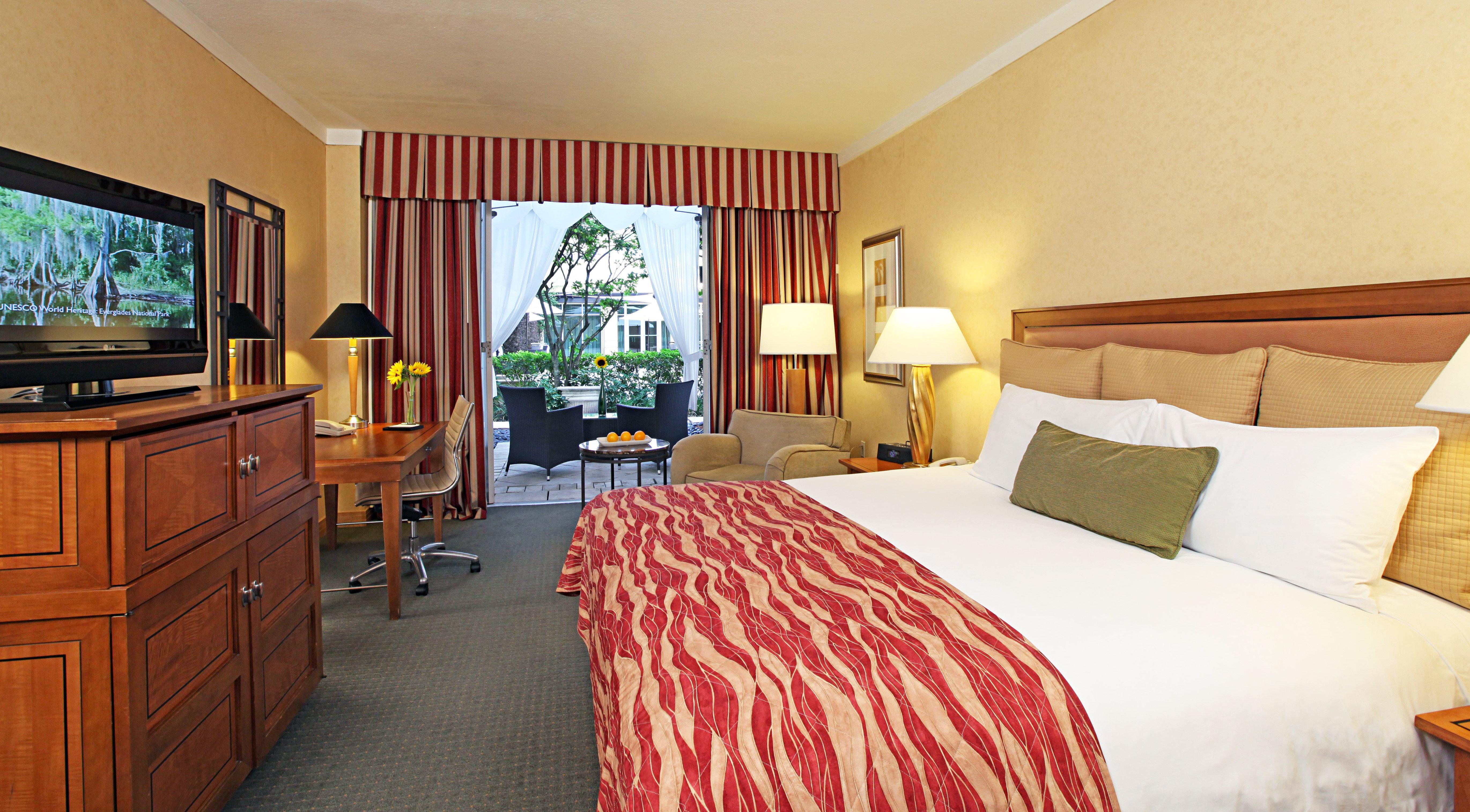 Bedroom Classic Patio Resort property cottage Suite scene home flat