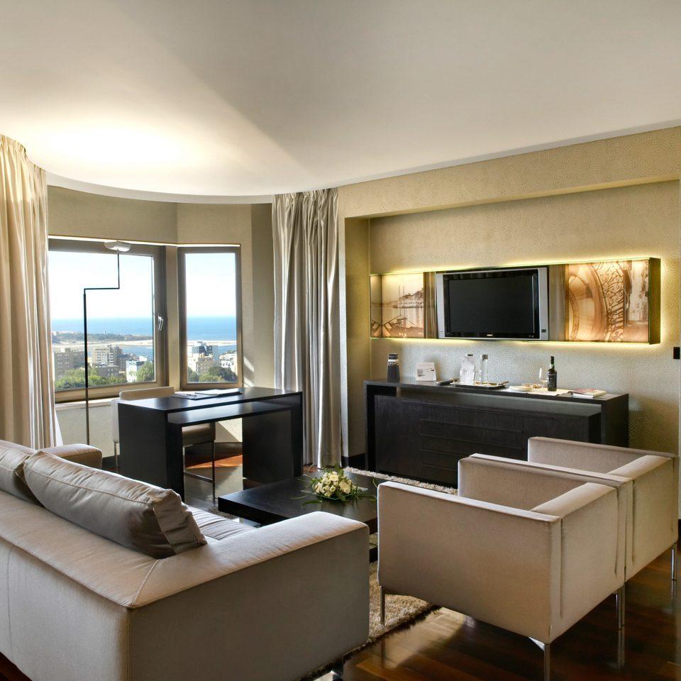 Classic Resort Scenic views property living room condominium Suite home Bedroom