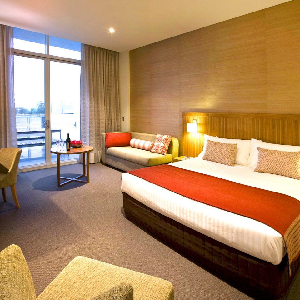 Bedroom Classic Resort Scenic views sofa property Suite condominium cottage flat