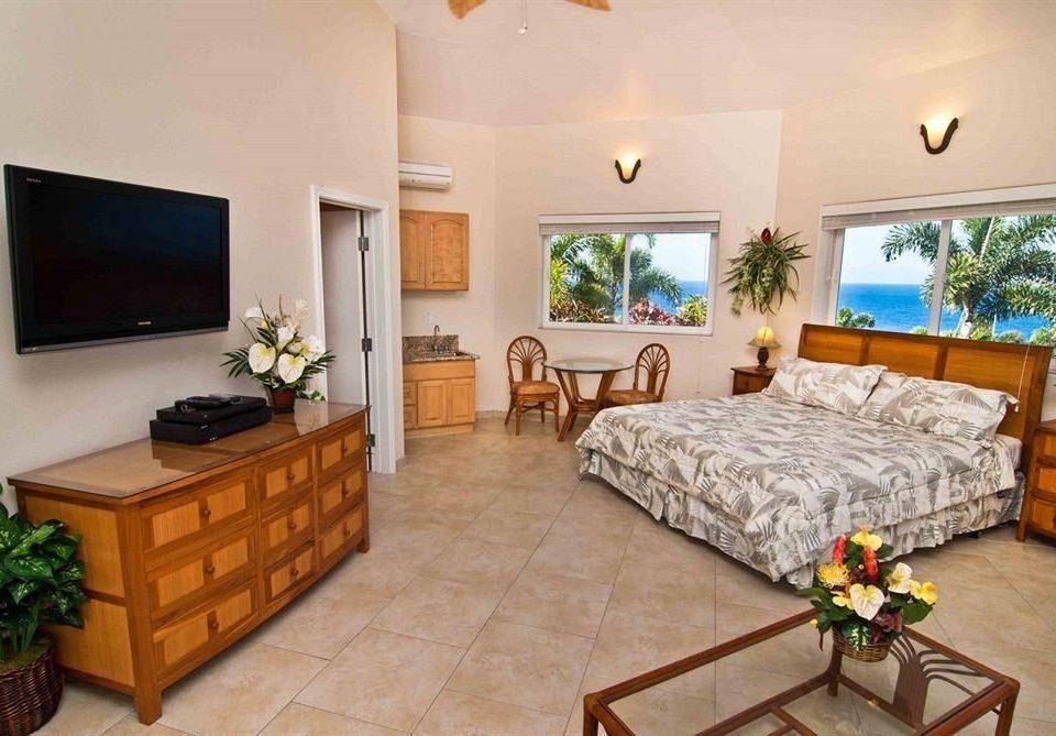 Bedroom Classic Resort Scenic views property cottage Villa living room Suite hardwood mansion flat