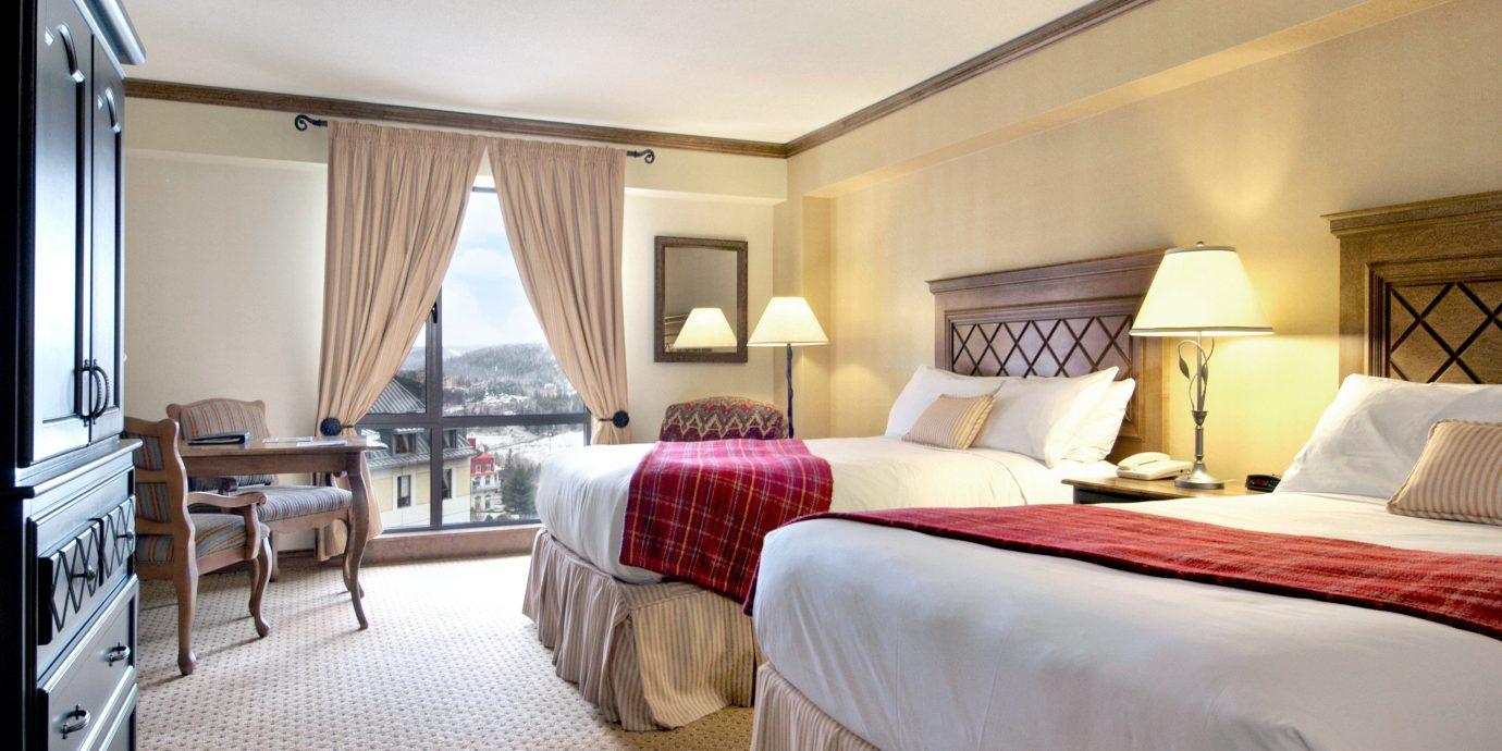 Bedroom Classic Resort Scenic views property Suite cottage Villa