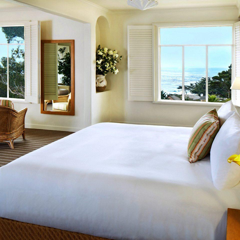 Bedroom Classic Resort Scenic views sofa property Suite home living room Villa cottage nice condominium