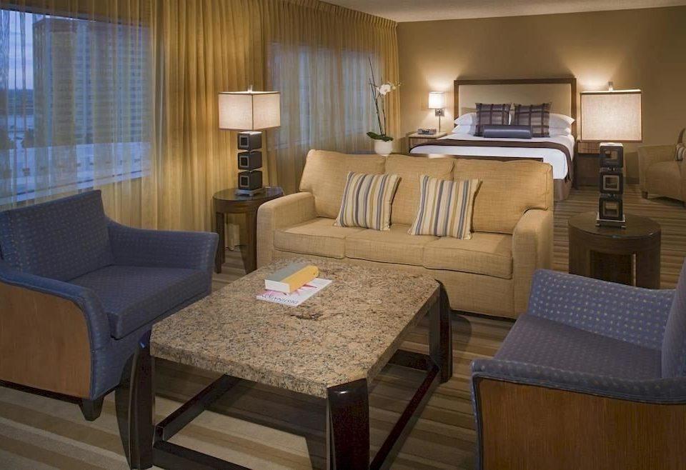 Bedroom Classic Resort property Suite living room condominium home cottage yacht