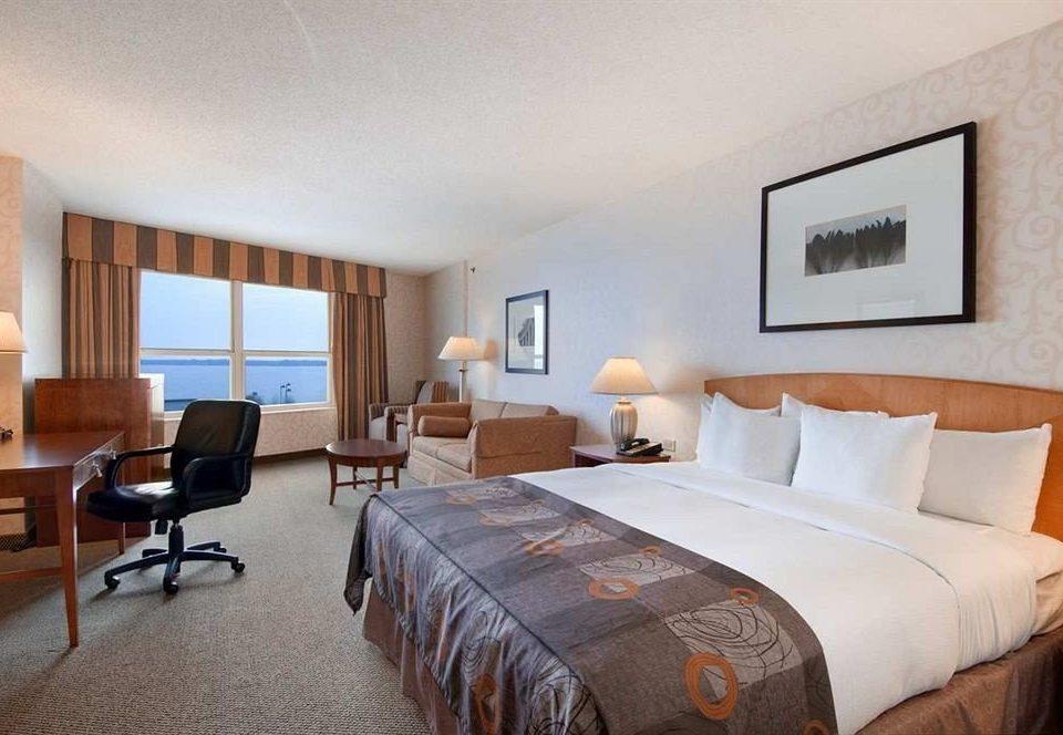 Bedroom Classic Resort sofa property scene Suite cottage condominium