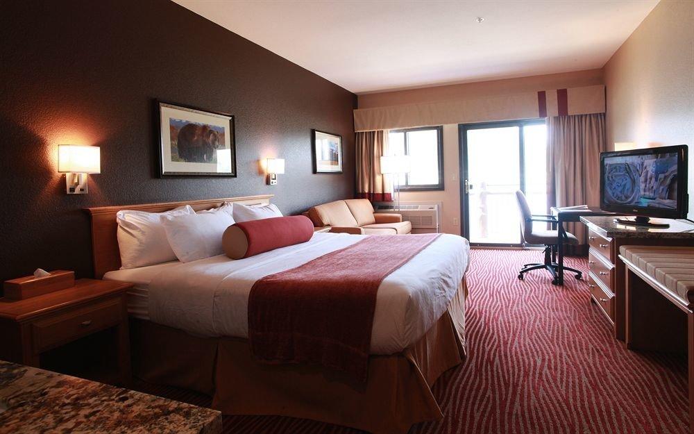 Bedroom Classic Resort property Suite cottage home living room Villa flat