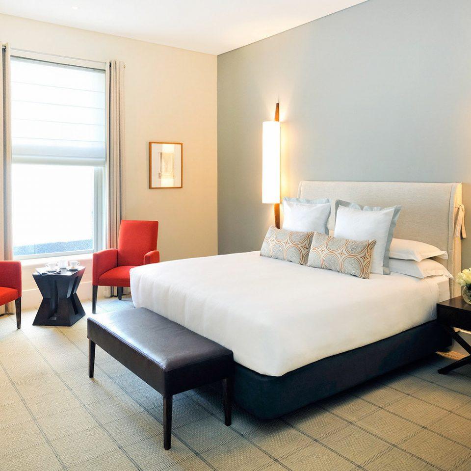 Bedroom Classic Resort property Suite living room condominium Villa