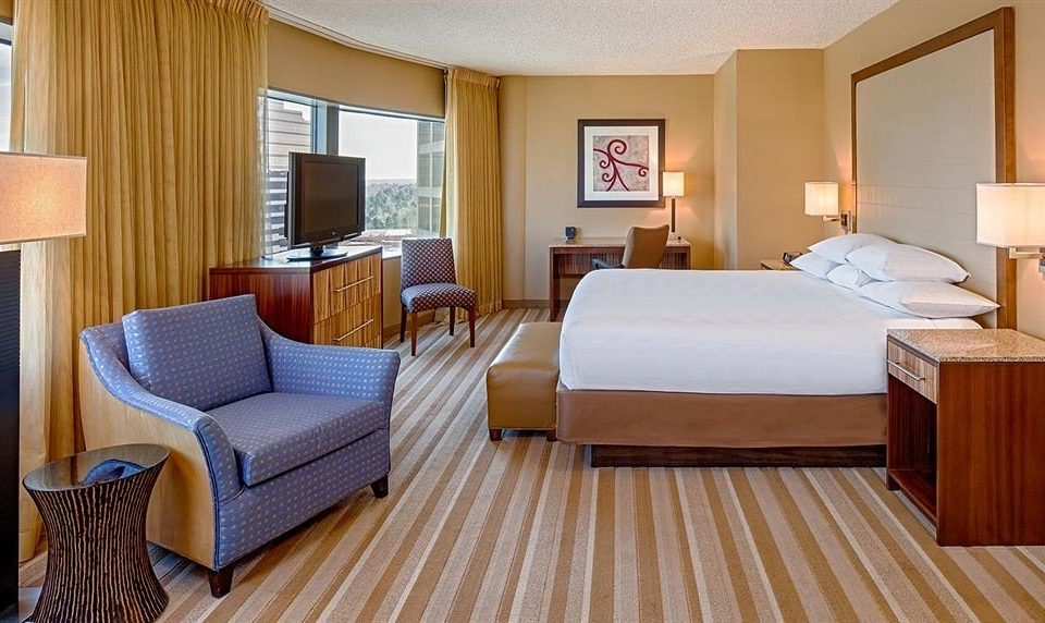 Bedroom Classic Resort property Suite cottage hardwood