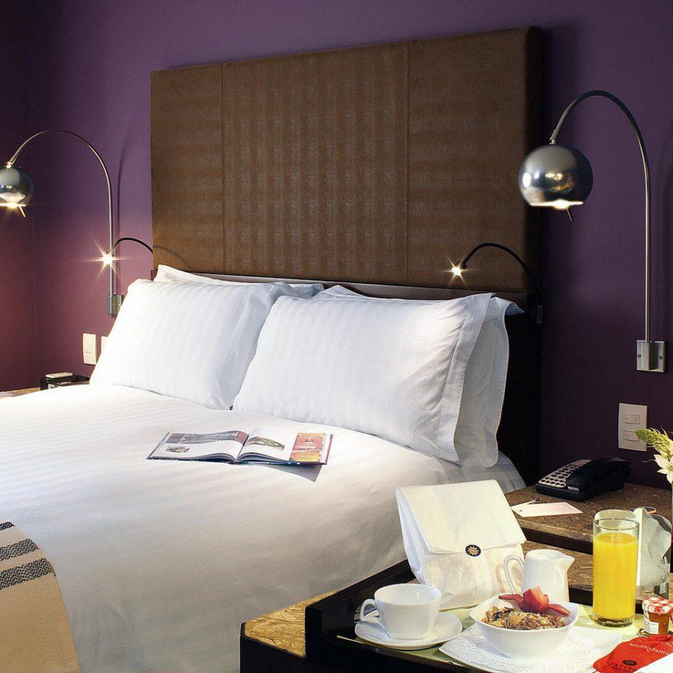 Bedroom Classic Resort Suite pillow bed sheet living room lamp