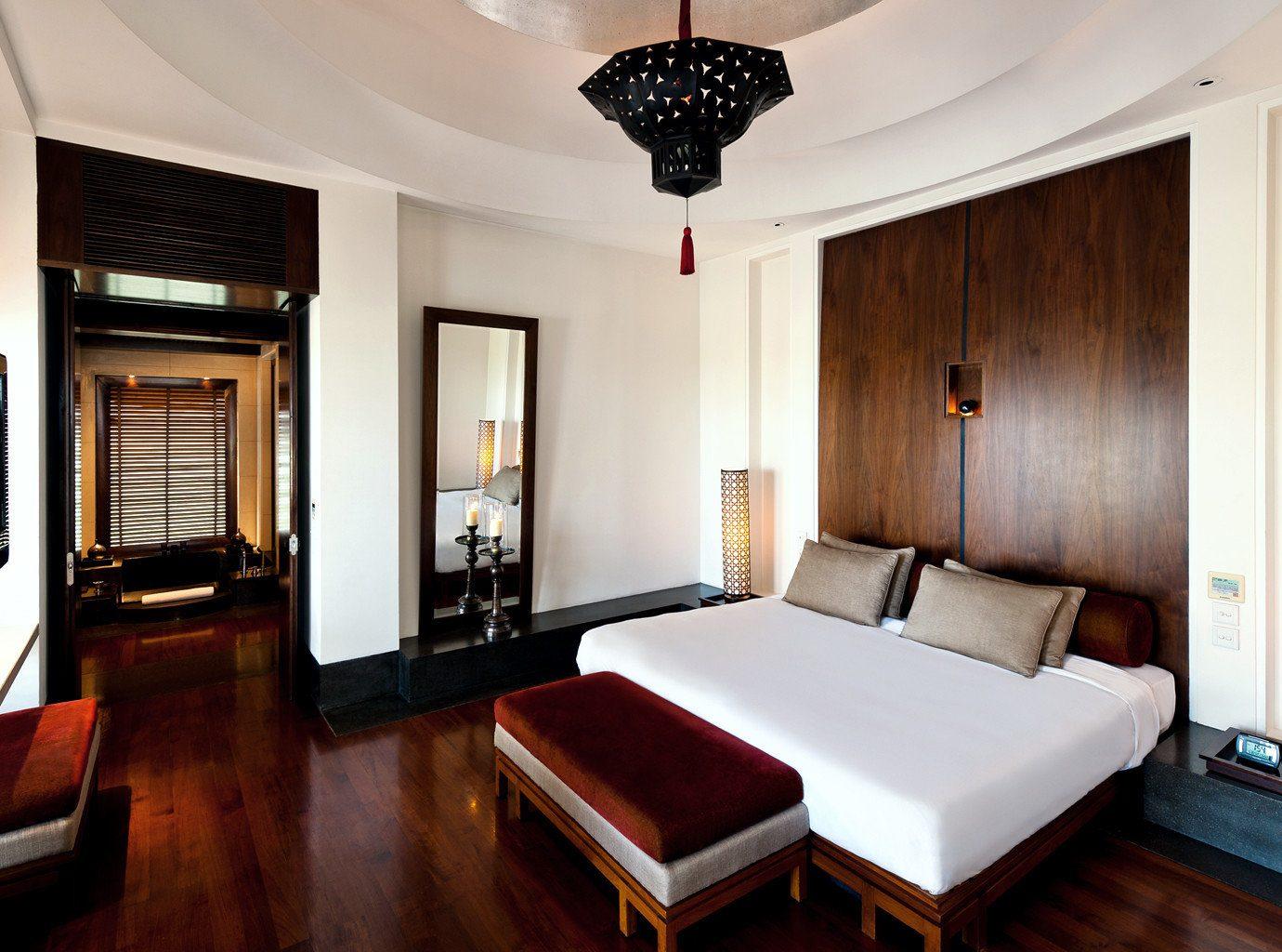 Bedroom Classic Resort property Suite home living room cottage mansion Villa