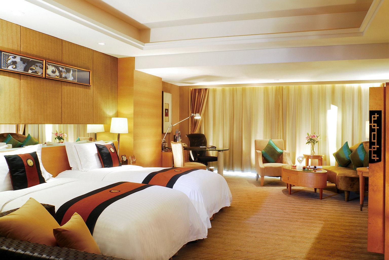 Bedroom Classic Resort sofa property Suite condominium Villa
