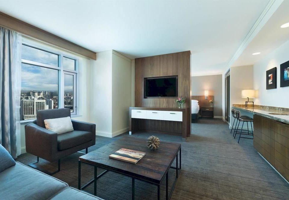 Bedroom Classic Resort sofa property living room condominium home hardwood Suite Villa