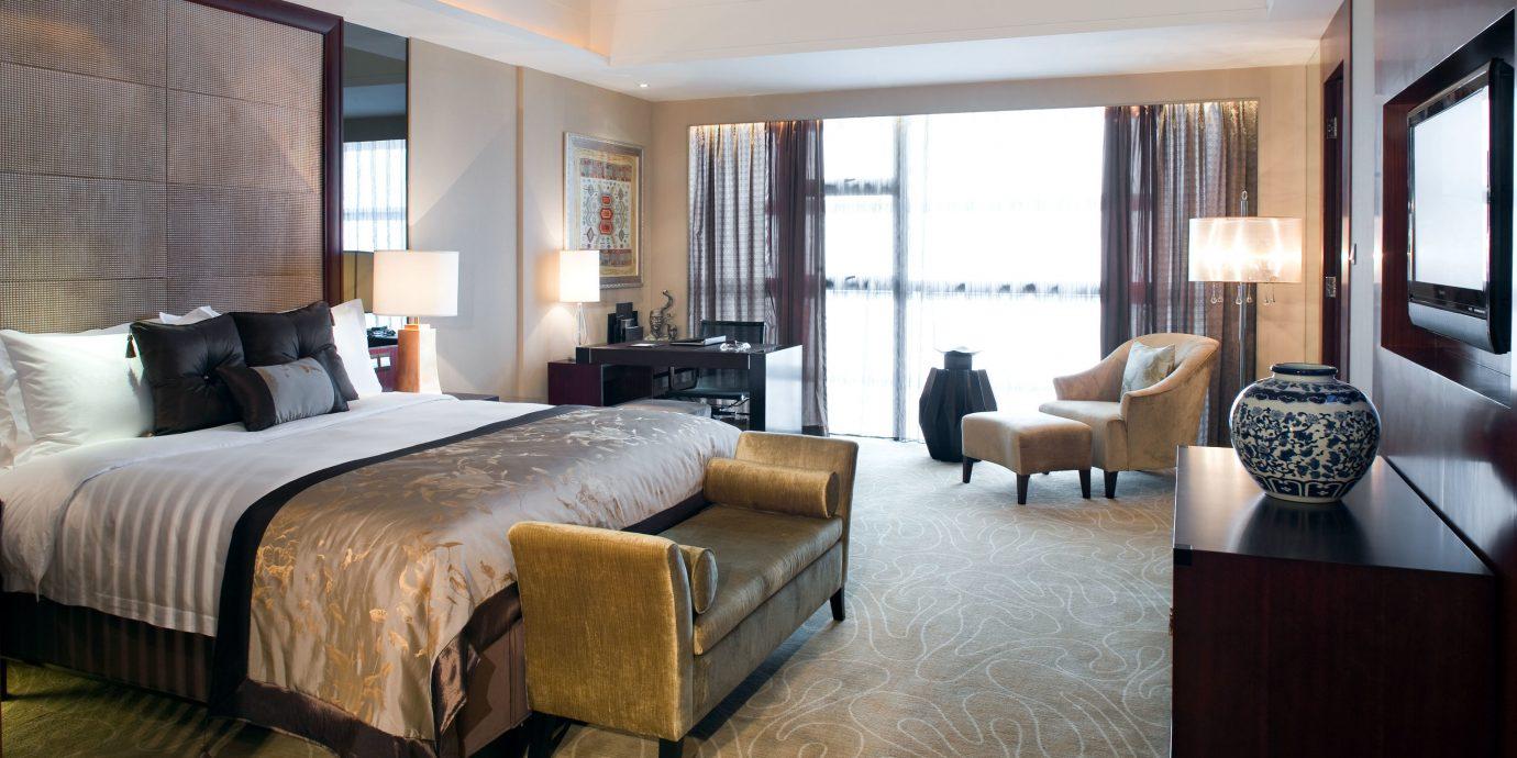 Bedroom Classic Resort sofa property Suite living room condominium home Villa cottage