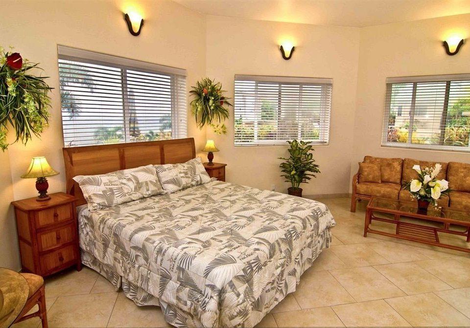 Bedroom Classic Resort property scene cottage home hardwood Suite living room bed sheet condominium