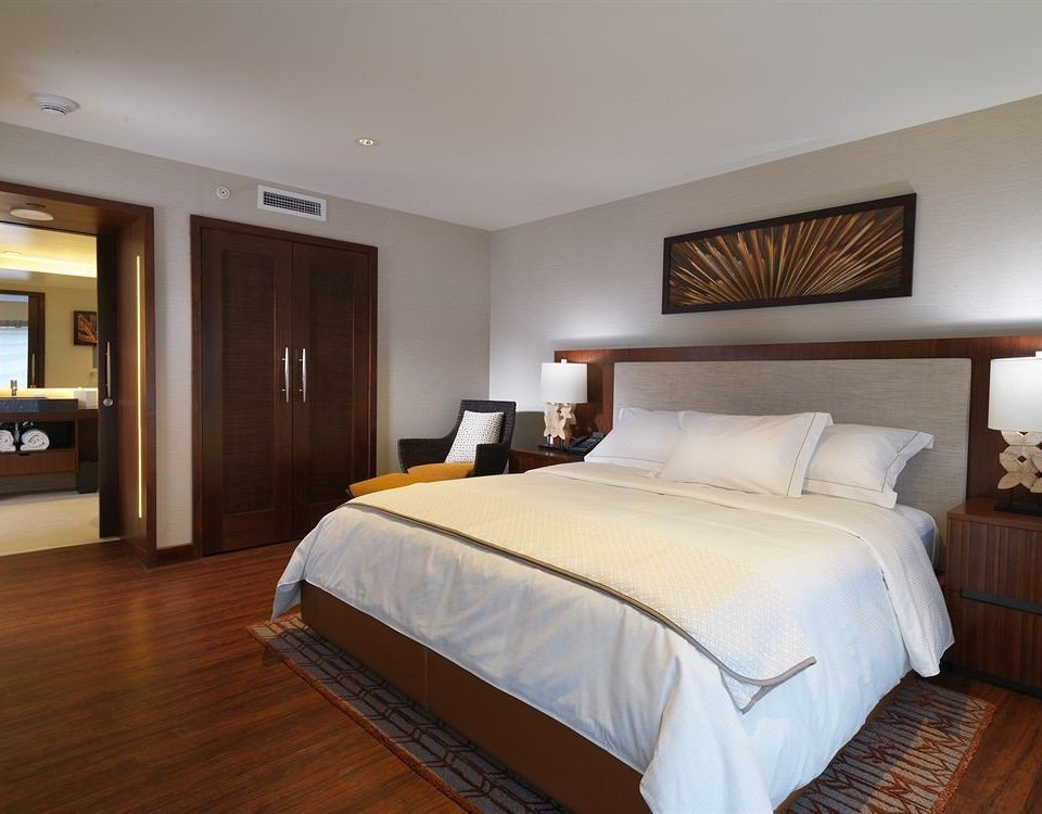 Bedroom Classic Resort property Suite hardwood cottage