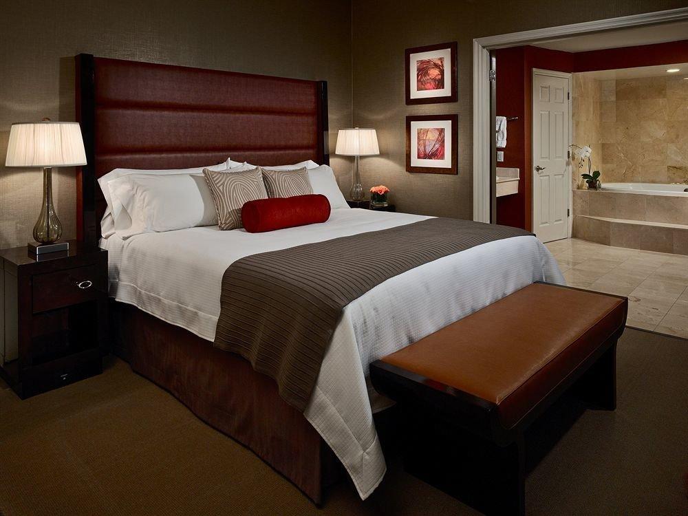 Bedroom Classic Resort property Suite cottage bed sheet bed frame night