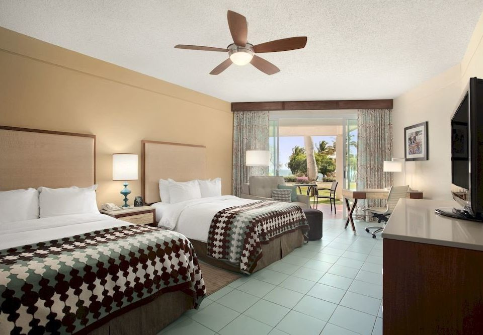 Bedroom Classic Resort property Suite cottage home living room