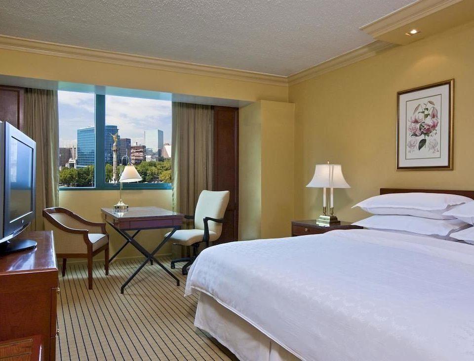 Bedroom Classic property Suite Resort condominium cottage