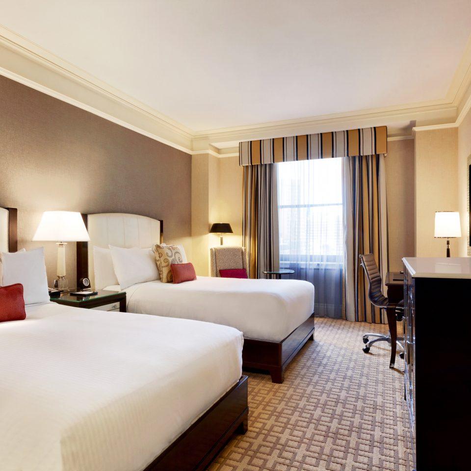 Bedroom Classic Resort sofa property Suite