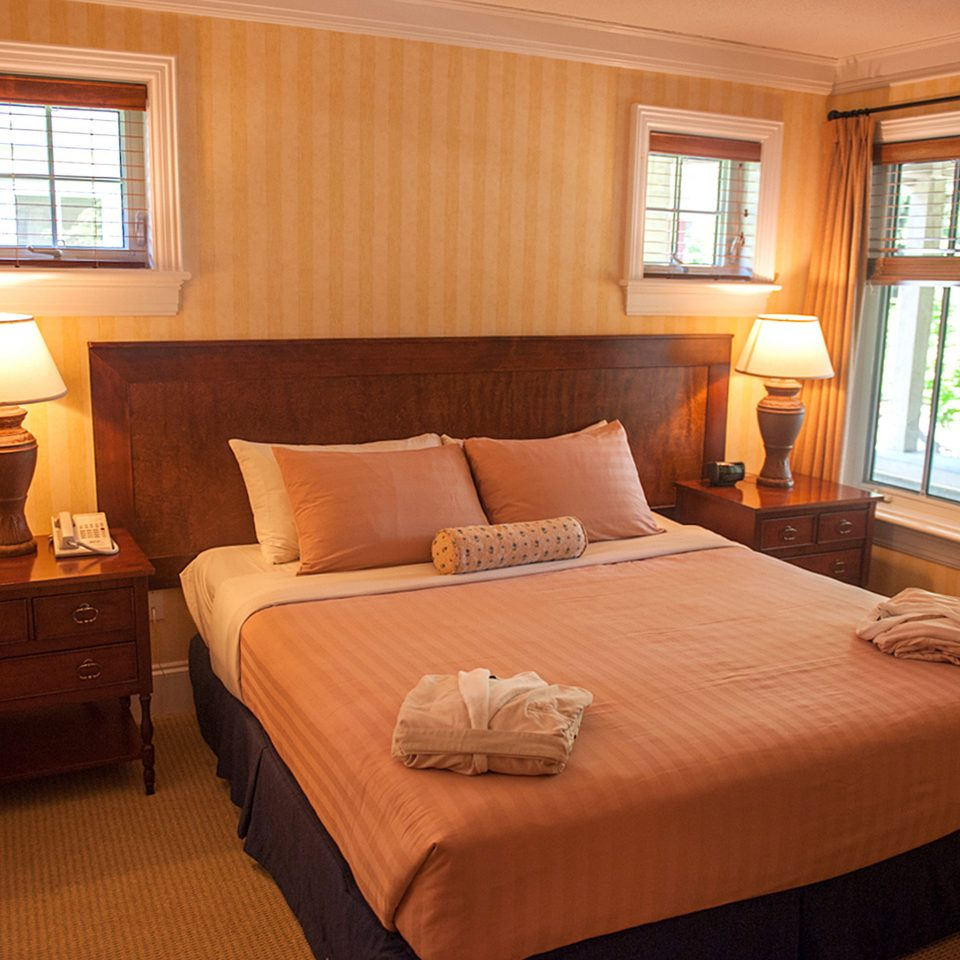 Bedroom Classic Resort property Suite cottage