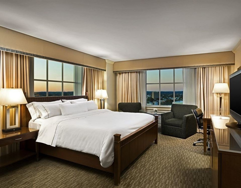 Bedroom Classic desk property Suite yacht passenger ship condominium