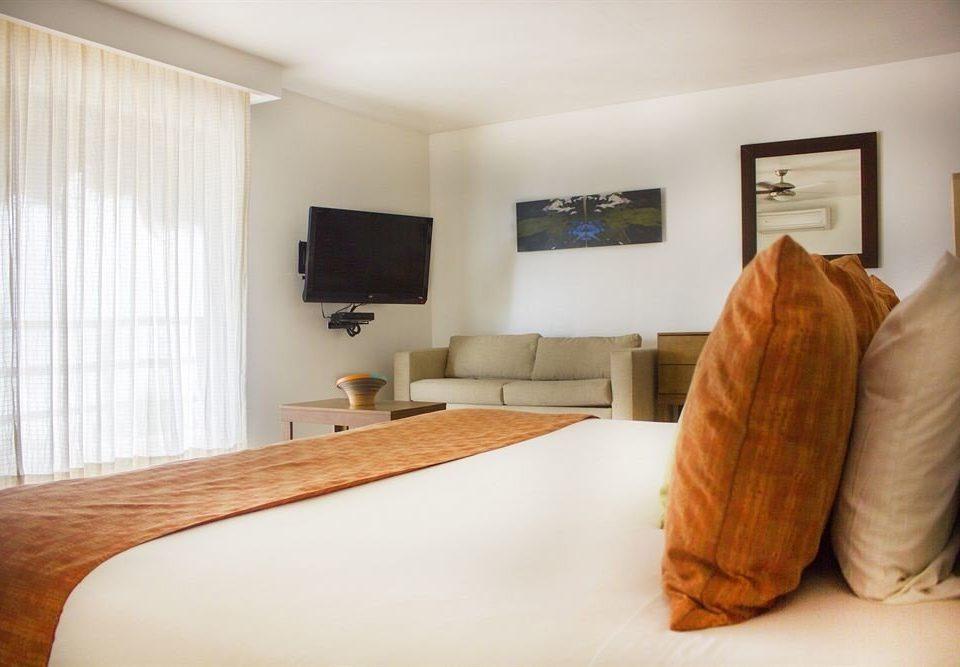 Bedroom Classic property hardwood Suite home living room orange wood flooring