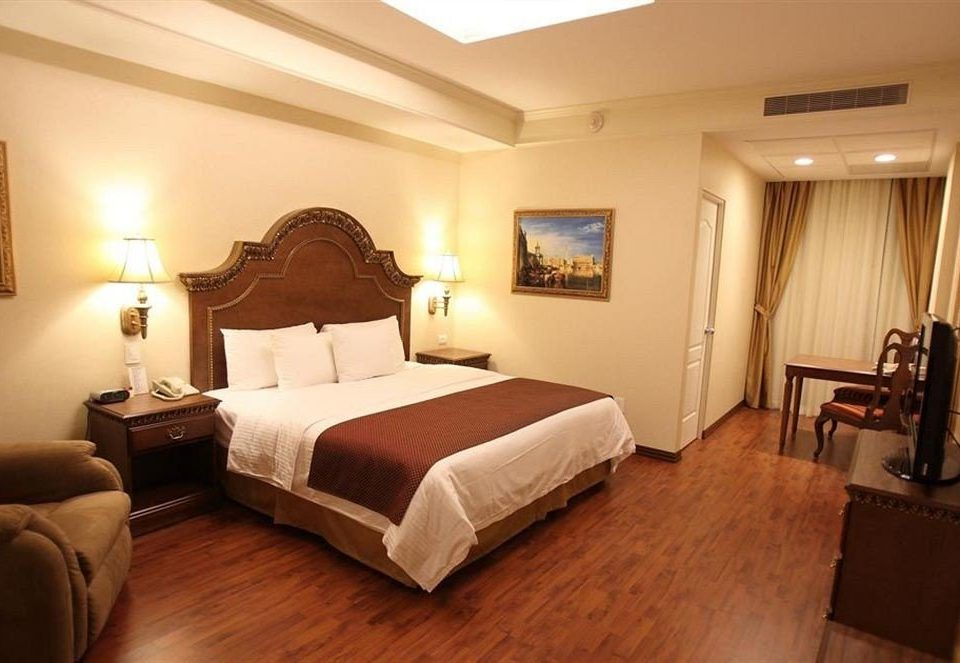 Bedroom Classic property Suite cottage Villa