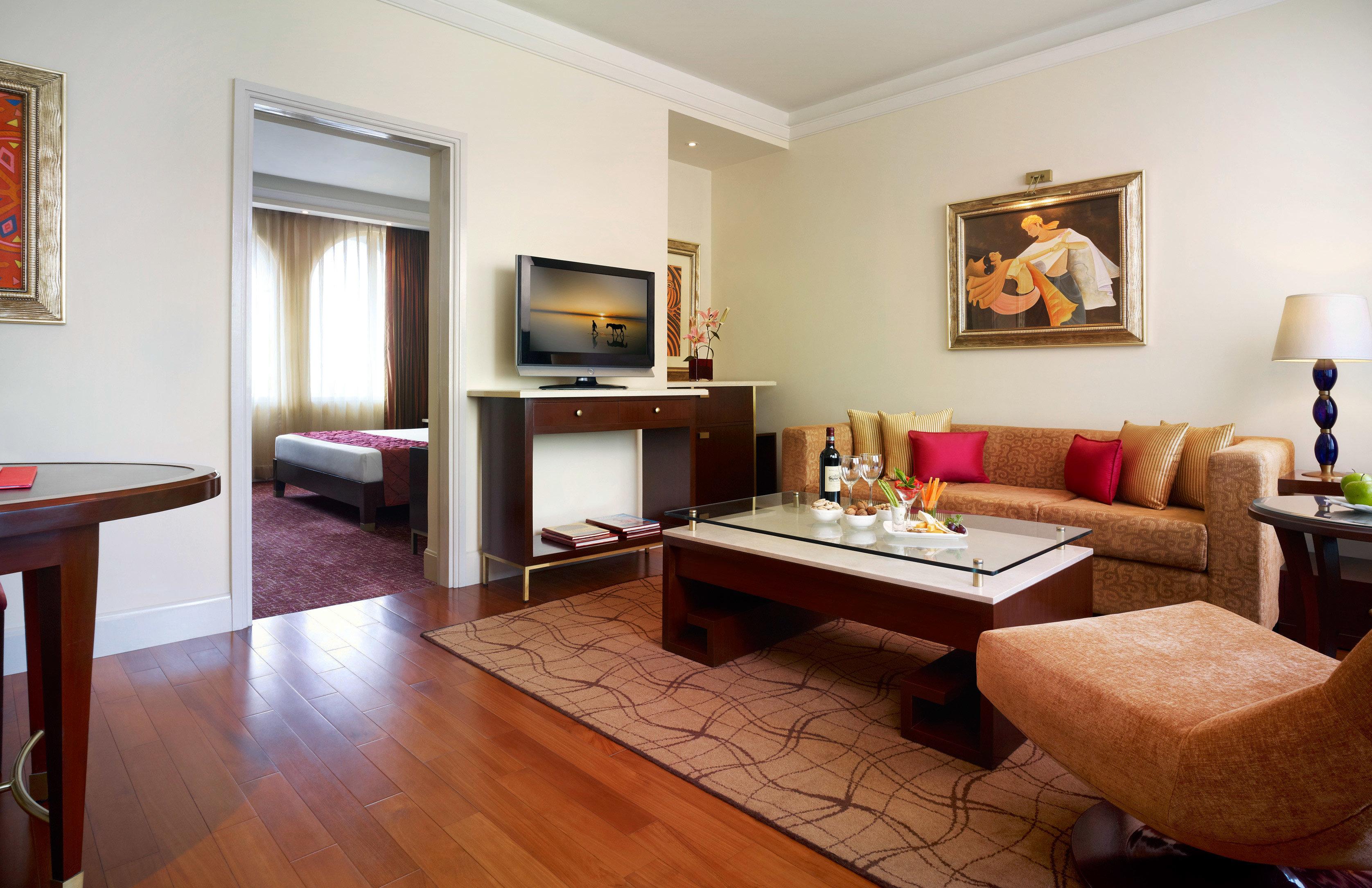 Bedroom Classic Suite property living room home hardwood cottage wood flooring Villa condominium laminate flooring
