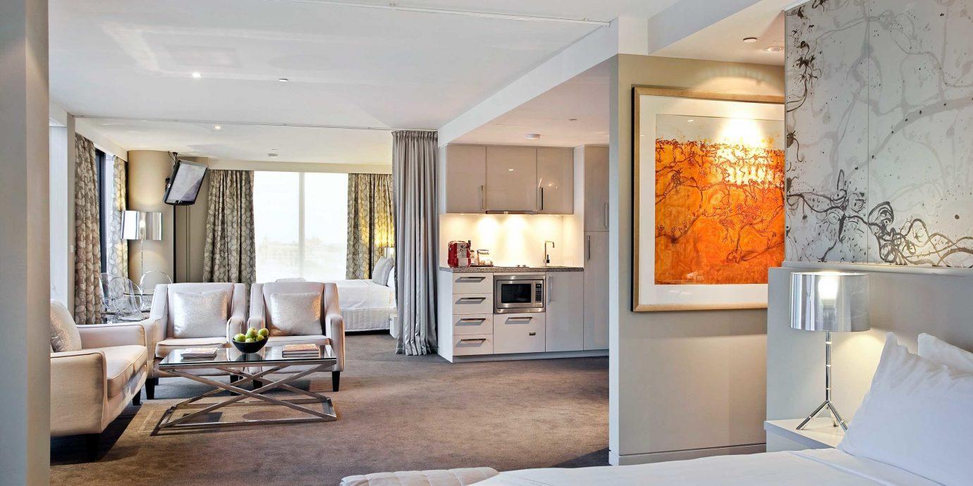 Bedroom Classic property living room home Villa condominium Suite cottage loft