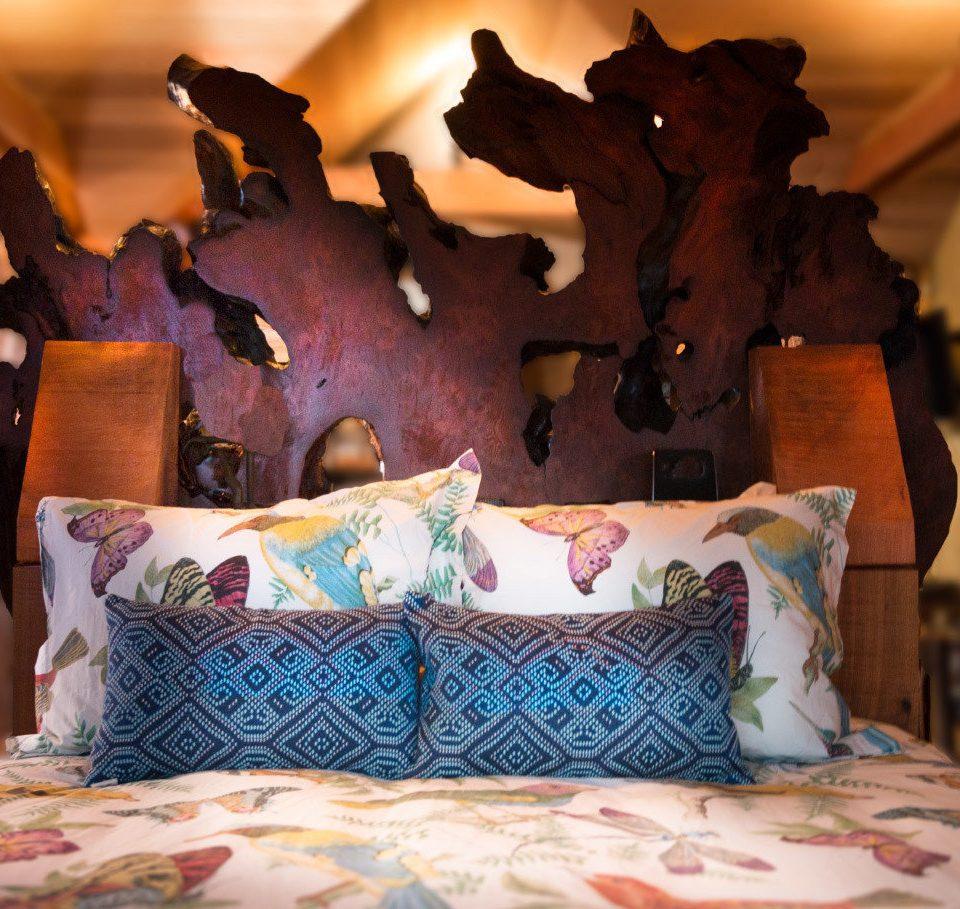 cottage Bedroom living room colorful