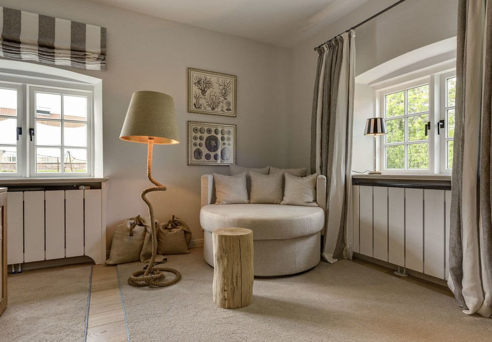 property living room home hardwood cottage condominium mansion farmhouse flooring Bedroom hall